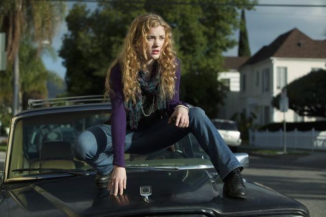 Skyler Samuels nella serie The Nine Lives of Chloe King