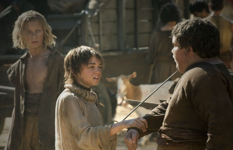 Maisie Williams in una scena dell'episodio Fire and Blood di Game of Thrones