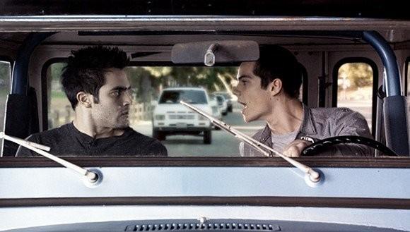Tyler Hoechlin e Dylan O'Brien nell'episodio 'Magic Bullet' di Teen Wolf