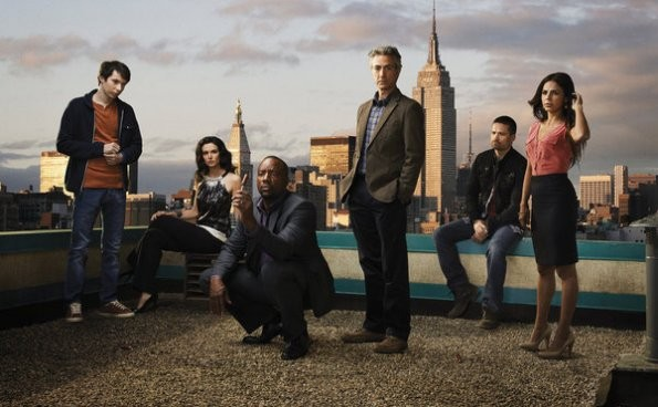 Una foto promozionale del cast della serie Alphas