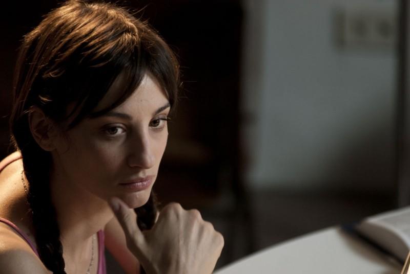 Francesca Inaudi in una immagine del film Come trovare nel modo giusto l'uomo sbagliato