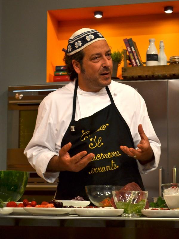 Lo chef carmelo chiaramonte durante il suo programma la cucina di carmelo chiaramonte 208926 - Programma di cucina ...