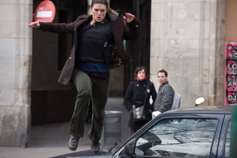 L'atletica Gina Carano in azione in Haywire