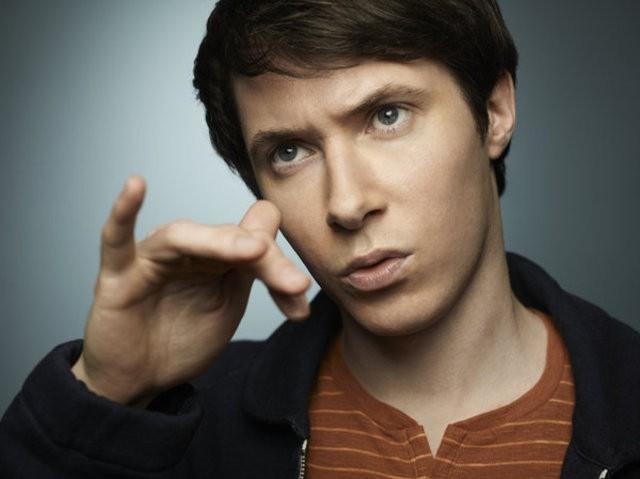 Ryan Cartwright in una immagine promozionale per la serie Alphas