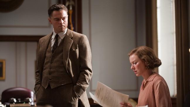 Leonardo DiCaprio e Naomi Watts in una scena del biopic J.Edgar