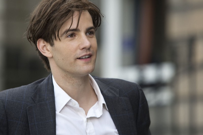 Jim Sturgess in una sequenza di One Day