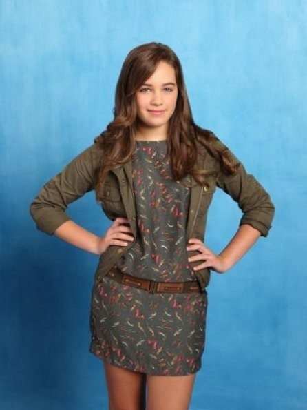 Mary Mouser in una foto promozionale della stagione 2 di Body of Proof