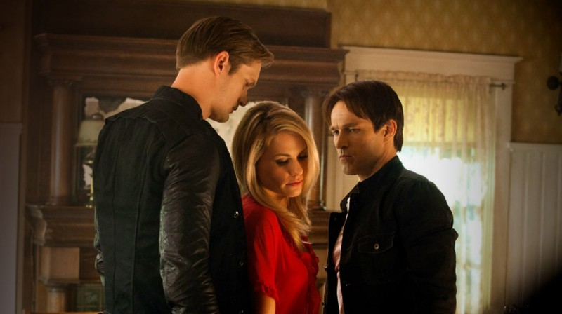 Stephen Moyer, Anna Paquin ed Alexander Skarsgård nell'episodio Let's Get Out of Here di True Blood