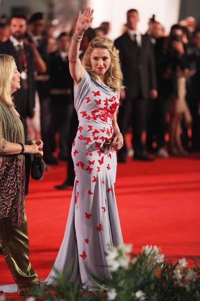 Madonna, regista di 'Edward e Wallis' sul tappeto rosso di Venezia 2011