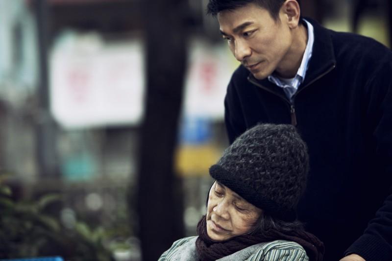 A Simple Life (Tao Jie): Deanie Yip e Andy Lau in una drammatica scena del film