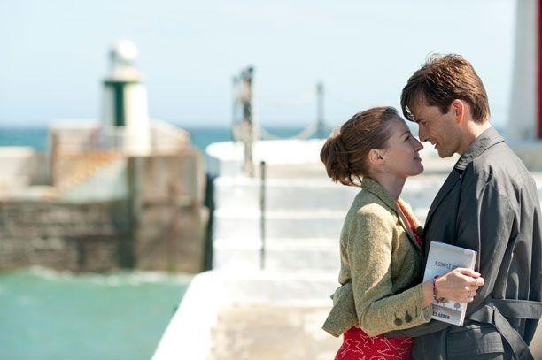 David Tennant in Una sposa in affitto (The Decoy Bride, 2011) con Kelly Macdonald