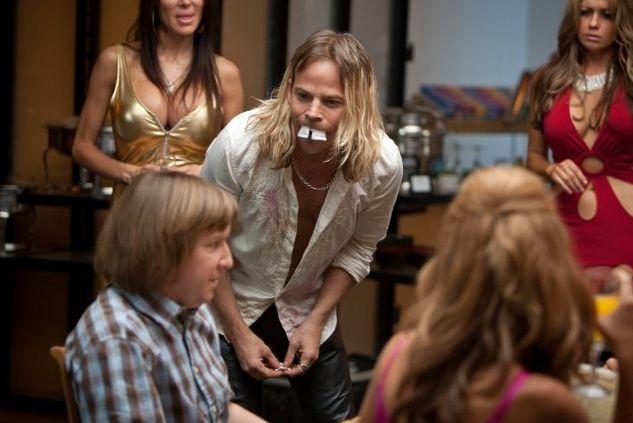 Nick Swardson viene preso in giro da Stephen Dorff in Bucky Larson... nato per essere una star!