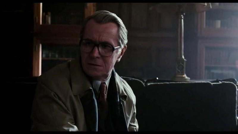 Gary Oldman in una scena del film La talpa (Tinker, Tailor, Soldier, Spy, 2011)