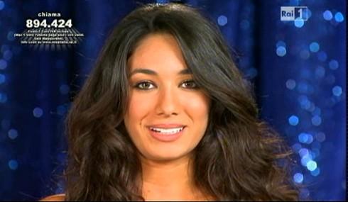 Miss Italia 2011: Sara Izzo durante una presentazione della prima serata
