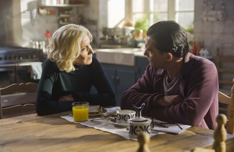 Antonio Banderas e Marisa Paredes in una scena di La pelle che abito
