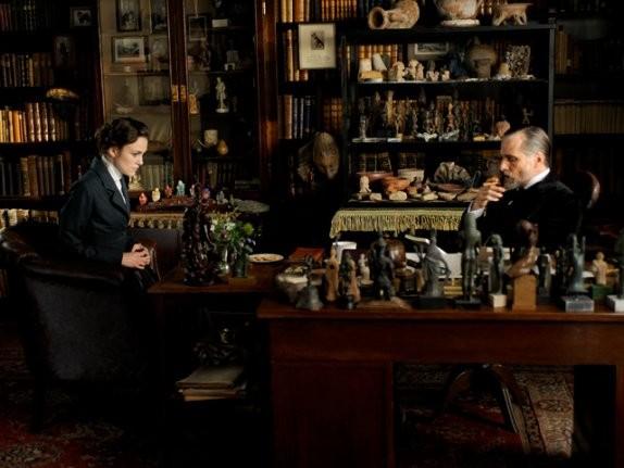 Keira Knightley e Viggo Mortensen in A Dangerous Method di Cronenberg
