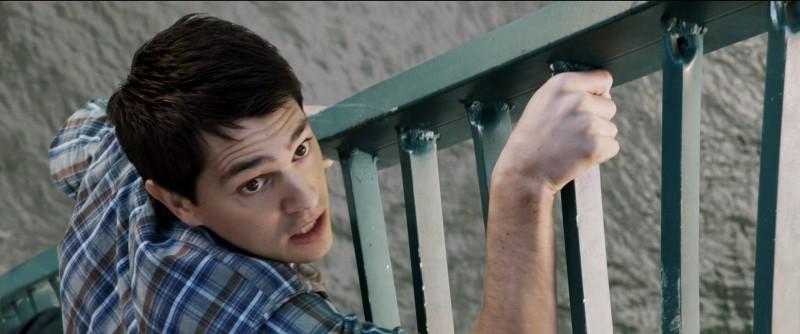 Final Destination 5: Nicholas D'Agosto nei panni di Sam in una scena del film