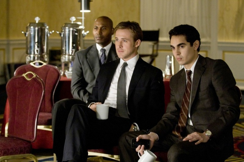 Le idi di marzo: Ryan Gosling con Max Minghella in una scena