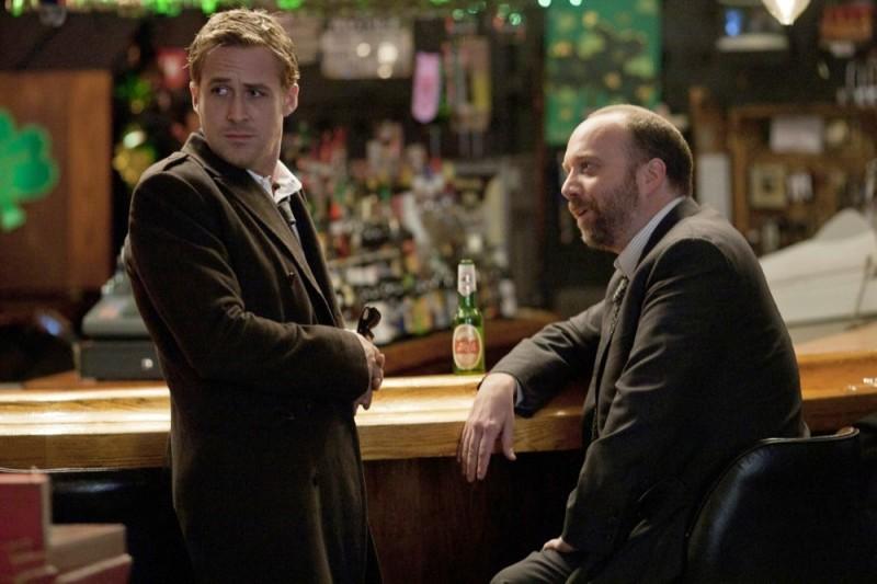 Le idi di marzo: Ryan Gosling con Paul Giamatti in una scena