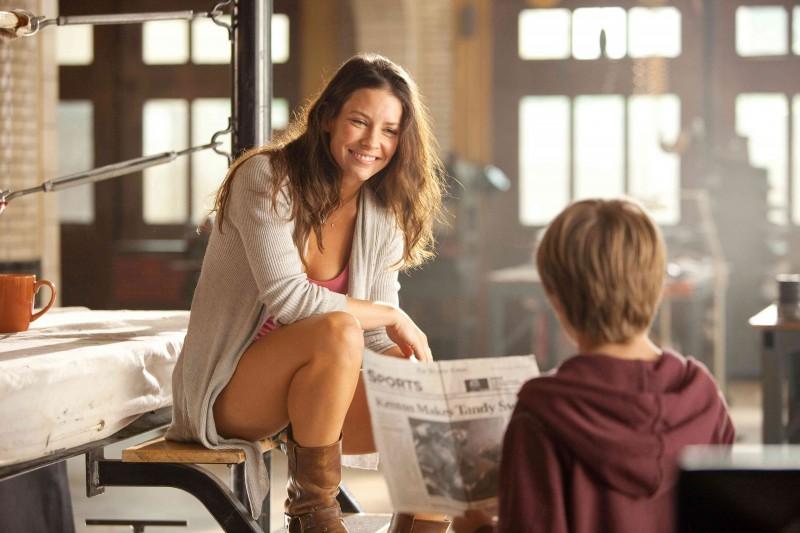 Evangeline Lilly in Real Steel con Dakota Goyo