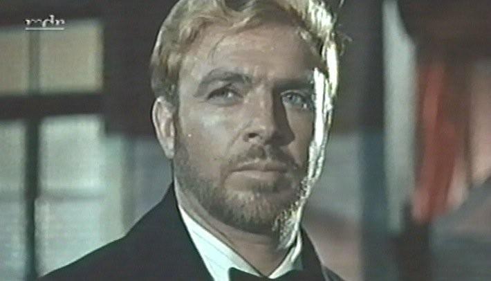 Sergio Testori in una foto di scena