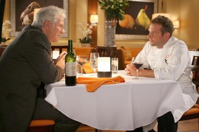 Bradley Cooper in una scena di Kitchen Confidential