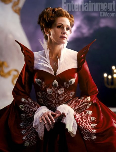Julia Roberts in The Brothers Grimm: Snow White