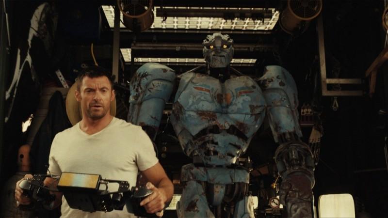 Real Steel: Hugh Jackman in una sequenza del film