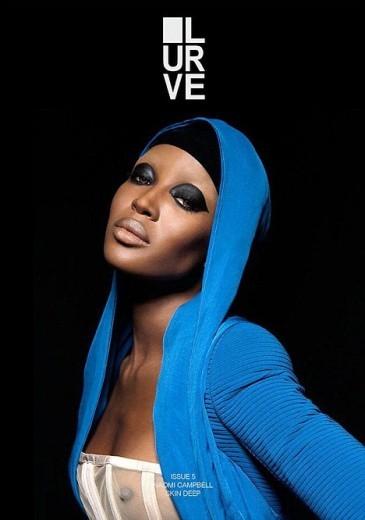 Naomi Campbell in cover su Lurve (2011) con un look alla Grace Jones