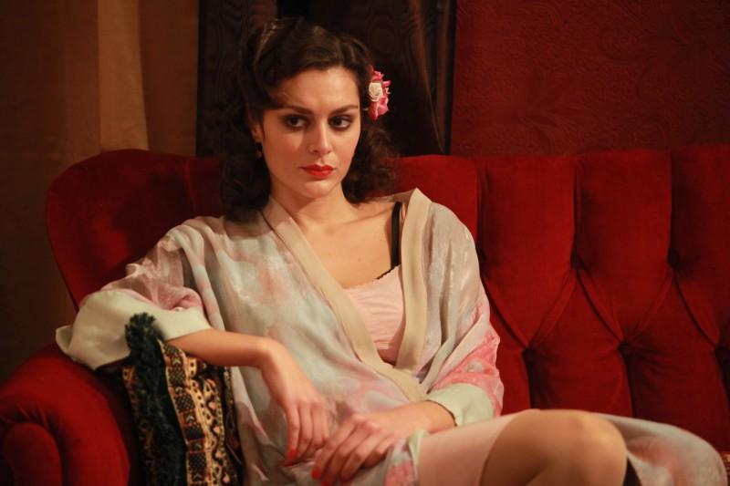 Raffaella Rea in un'immagine della fiction Rai Il Generale Della Rovere
