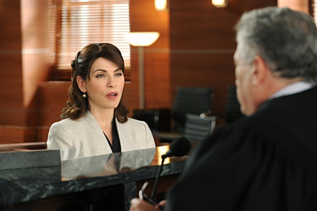 The Good Wife: Julianna Margulies nell'episodio Feeding the Rat