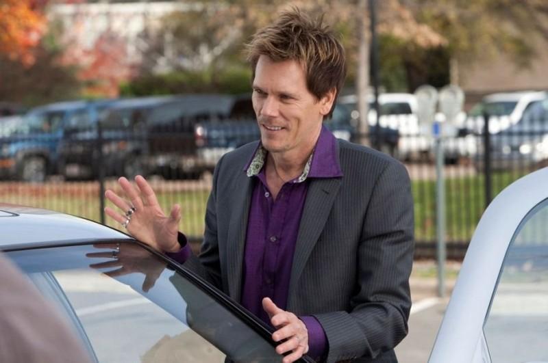 Kevin Bacon nel ruolo del cattivo nel film Super