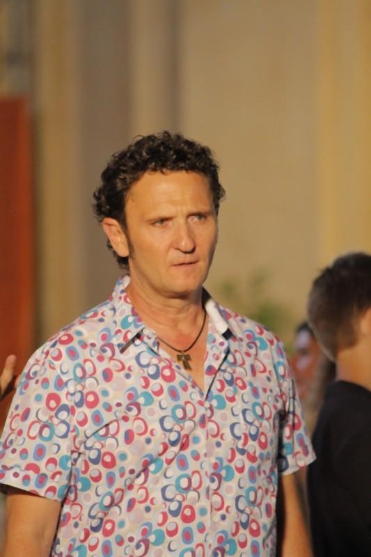 Matrimonio a Parigi: Enzo Salvi sul set del film