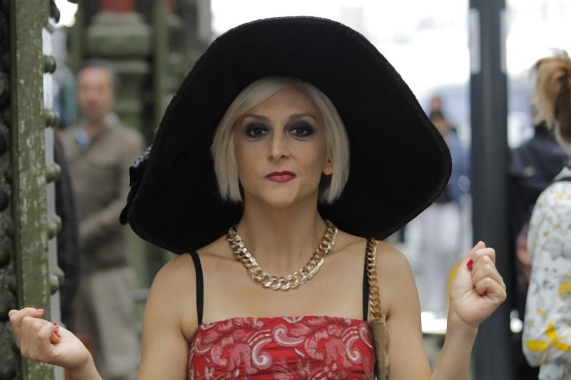 Matrimonio a Parigi: Paola Minaccioni nei panni di Elvira