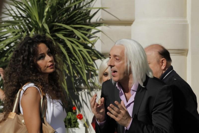 Matrimonio a Parigi: Raffaella Fico e Massimo Ceccherini in una scena del film