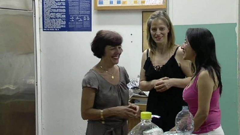 Manuela Biliotti e la sua amica cinese Giada Lin in una scena della puntata la Toscana incontra la Cina