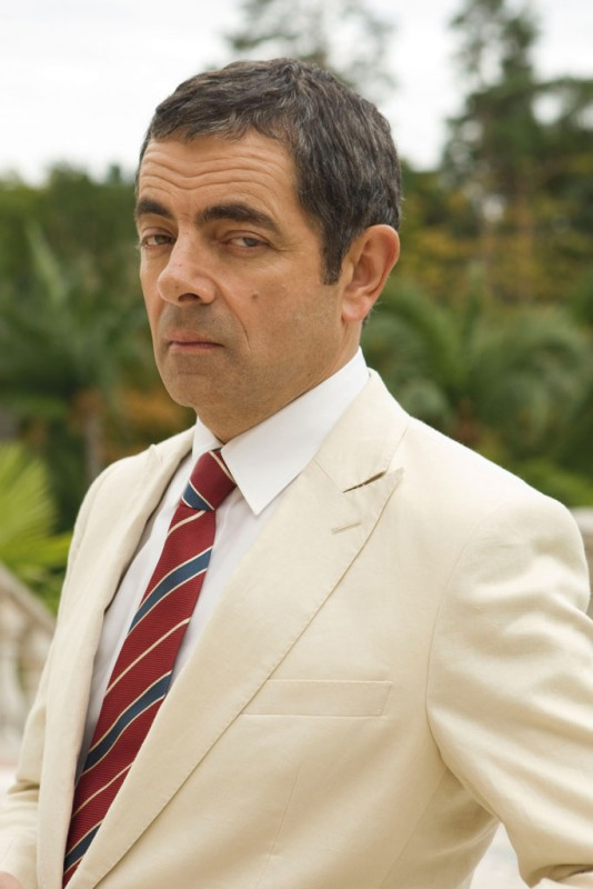 Rowan Atkinson gongola nei panni di Johnny English: La Rinascita