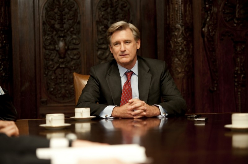 Bill Pullman in una scena del film Too big to fail - Il crollo dei giganti di Curtis Hanson