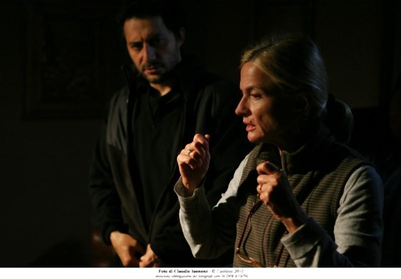 Cristina Comencini insieme a Filippo Timi sul set di Quando la notte