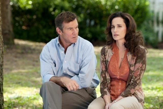 Dennis Quaid con Andie MacDowell in Footloose (2011)