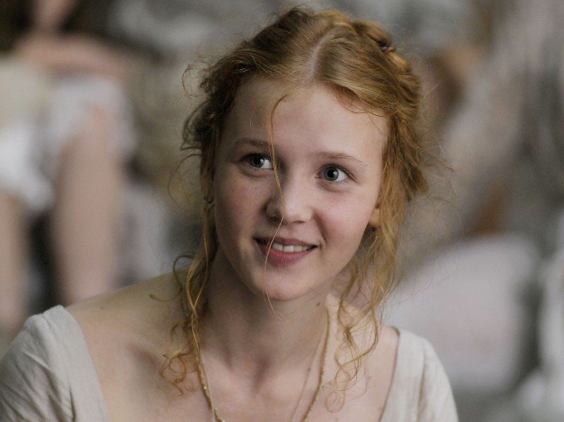 Faust: Isolda Dychauk in un bel primo piano tratto dal film di Aleksandr Sokurov