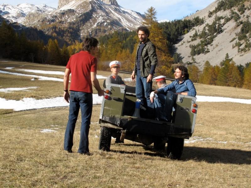 I primi della lista: Francesco Turbanti, Claudio Santamaria e Paolo Cioni in una scena del film