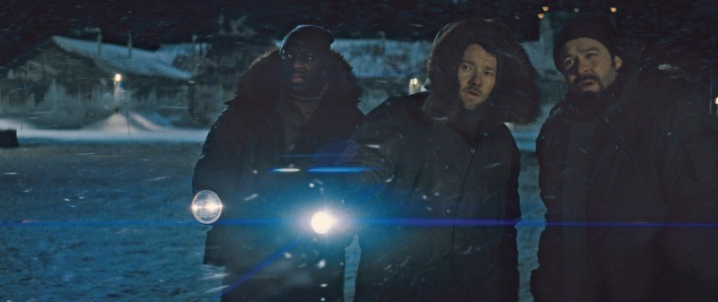 La Cosa: Adewale Akinnuoye-Agbaje, Joel Edgerton e Stig Henrik Hoff in una scena