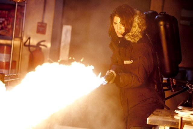 La Cosa: Mary Elizabeth Winstead in una immagine del film