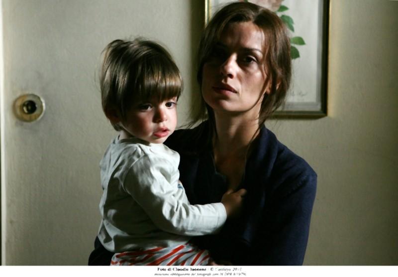 Quando la notte: la protagonista Claudia Pandolfi è Marina, qui in una scena del film insieme al suo bambino