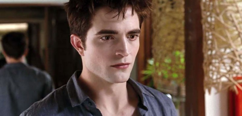 Un primo piano di Robert Pattinson tratto da The Twilight Saga: Breaking Dawn - Parte 1