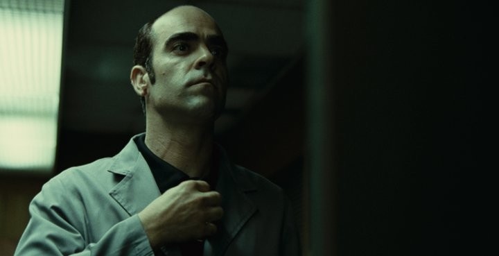 Mientras Duermas: Luis Tosar in una immagine del film di Balaguerò