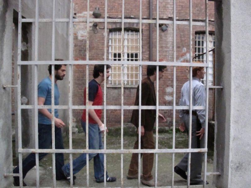 Claudio Santamaria, Paolo Cioni e Francesco Turbanti in una bella inquadratura tratta da I primi della lista