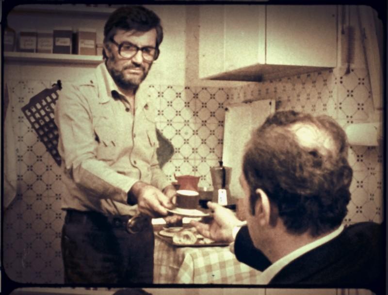 Lelio Luttazzi e Alessandro Sperlì in una scena de L'illazione, 1972