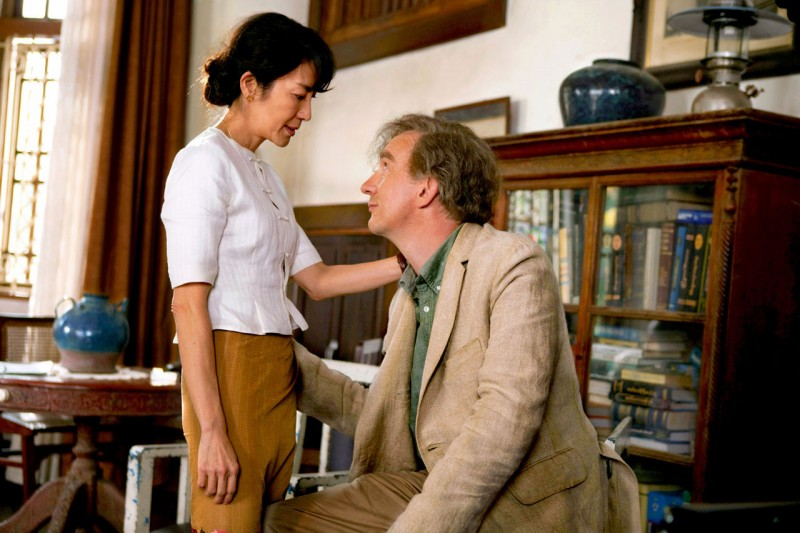 Michelle Yeoh e David Thewlis, marito e moglie in The lady di Luc Besson
